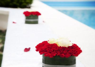 dettagli floreali bordo piscina whitehouse52